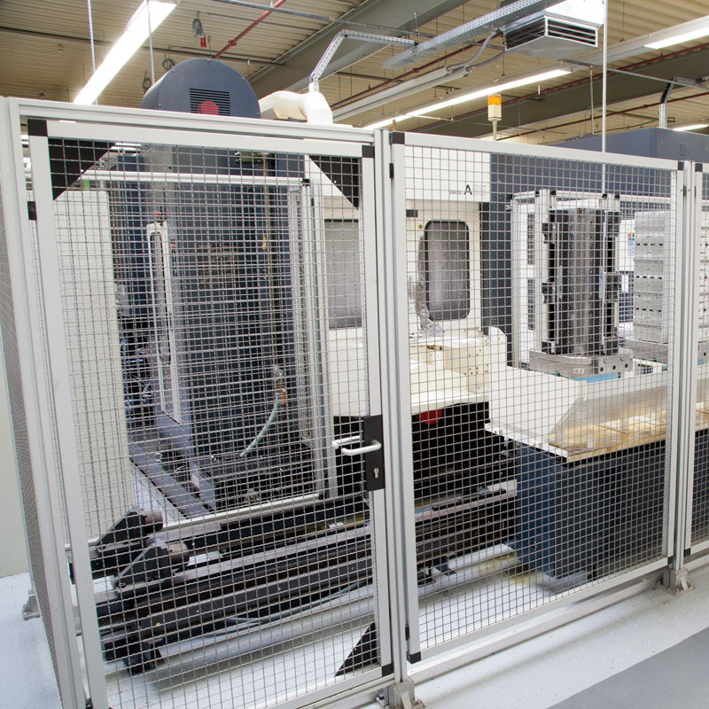 Machining centre protective fence
