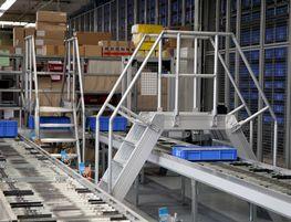 Treppenübergang aus Aluminium